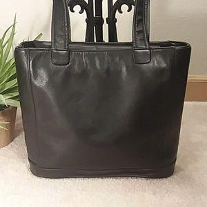 GIANI BERNINI BLACK CLASSIC STYLE SHOULDER BAG